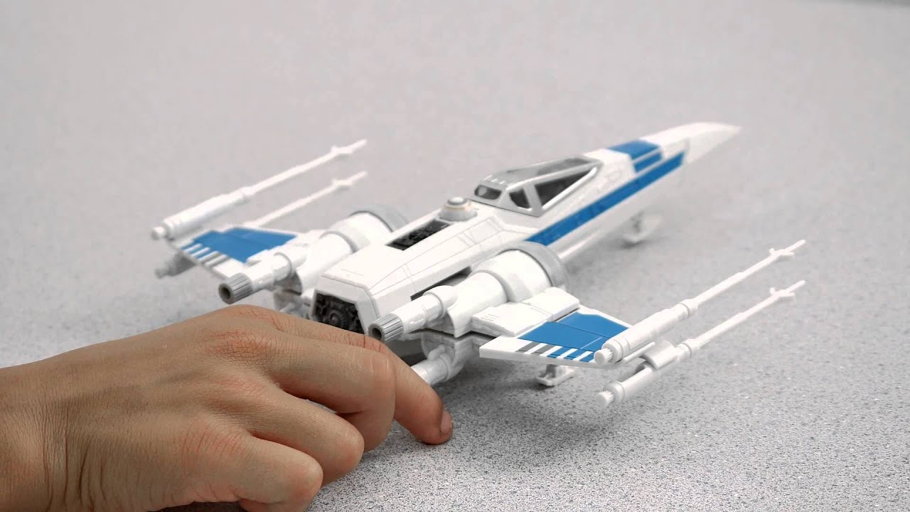Star Wars Build /& Play 06753 18 Piezas Revell X-Wing Fighter