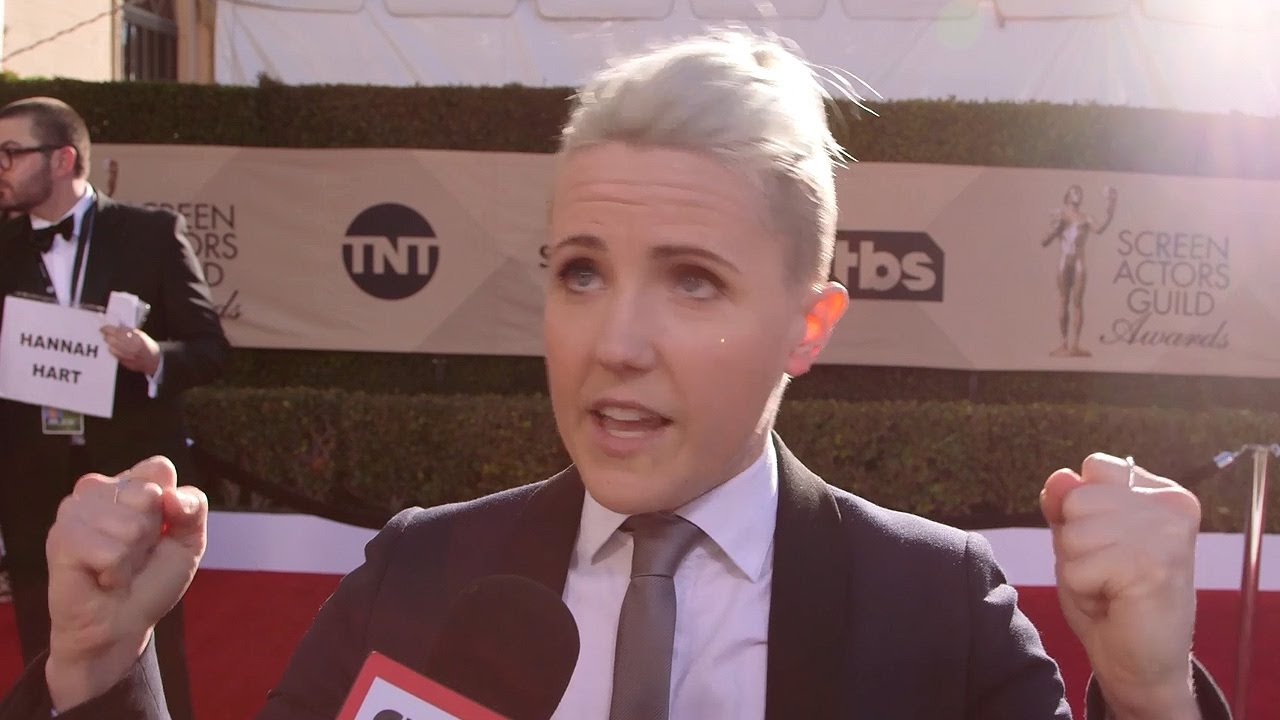 Hannah Hart Shares Best Advice Spills On Food Network Show At 2017