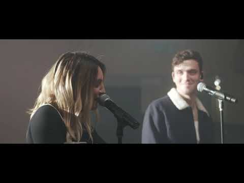 Lauv & Julia Michaels  - There's No Way