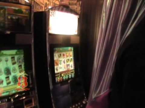 скачать игровой автомат маски шоу