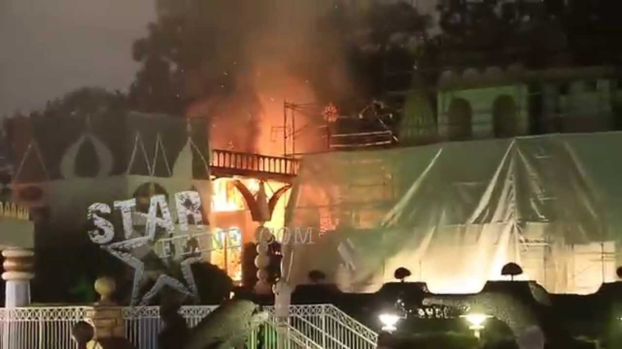 **BEST VIDEO** Fire Breaks out at Disneyland on the famous ...