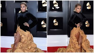 Ashanti dazzles on the GRAMMYs Red Carpet
