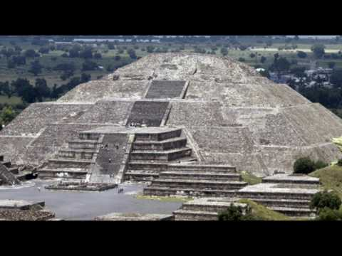 Hidden Tunnel to 'Underworld' Found Under Mexico's Pyramid of the Moon