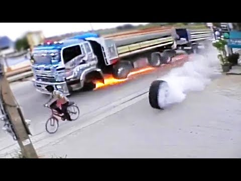 EXTREME TRUCK And CAR FAILS! Crazy Driving Compilation 2017