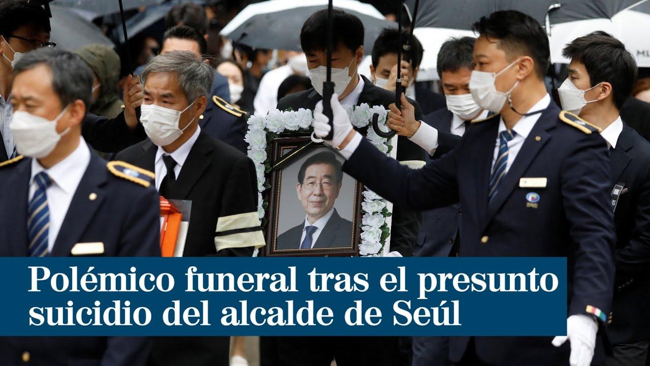 Polémico funeral tras el presunto suicidio del alcalde de Seúl