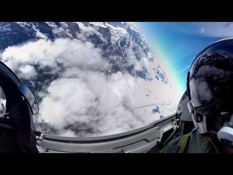 360° cockpit view   Fighter Jet   Patrouille Suisse