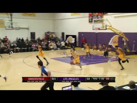 Malcolm Thomas With 4 Blocks Against The Jam