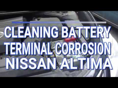 Cleaning Battery Terminal Corrosion / Nissan Altima