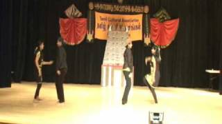 North Carolina Techie Moms Tamil Sangam Dance - Yeh Aatha Athoramaa Remix