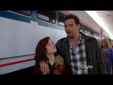 Tessa learns to play the guitar 1  Suburgatory Best Bits