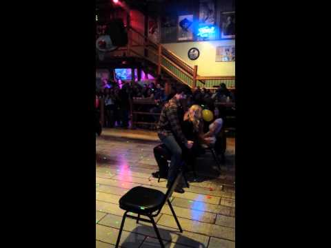 Lap dance at the silver spur in Salem or