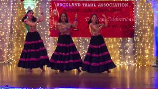 Vayadi petha pulla dance by Wonder girls @ Auckland Tamil association Diwali 2018