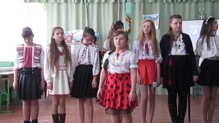 Анастасія  Мигович , учениця 7 класу Гукливської ЗОШ на святі рідної мови