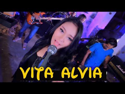 Vita Alvia - Senggol Bacok [Officia Video]