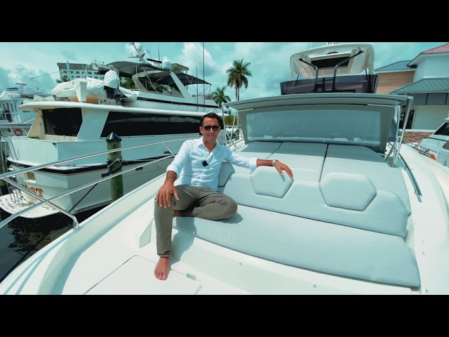 7 Reasons Why the PRESTIGE 690 is a Unique Flybridge Yacht