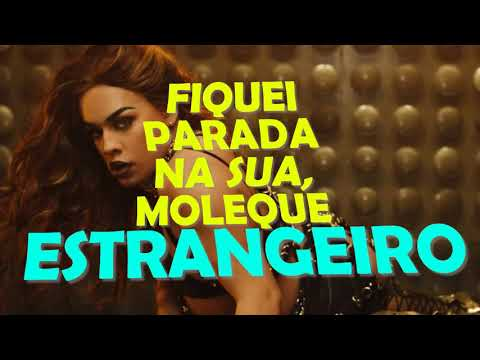 Danna Lisboa - Quebradeira (feat. Gloria Groove) (Lyrics Video Clipe Oficial)