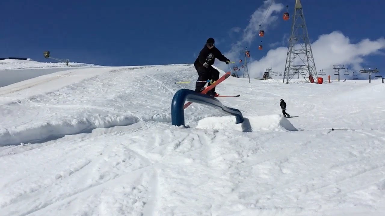 People are Awesome: Epic new ski trick - the