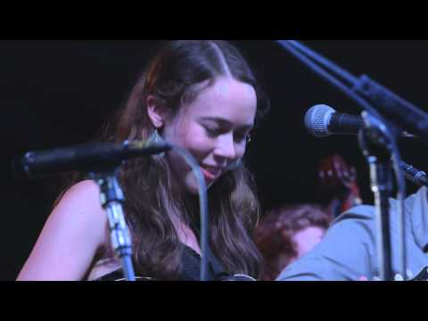 "Bonnaroo 2014: Sarah Jarosz - ""Crazy"" // The Bluegrass Situation"