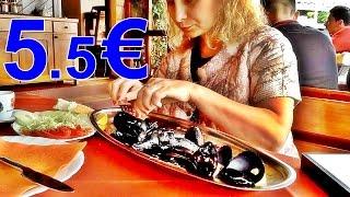 Обед в Черногории 2016 Цена Мидии (Lunch in Montenegro Price Mussels)(Огромная порция мидий в Черногории на обед стоит 5.5 евро. Это цена готовых мидий в кафе на набережной. Кто..., 2016-07-29T10:18:17.000Z)