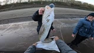 Рыбалка для соседки..