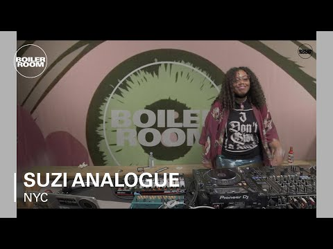 Suzi Analogue Boiler Room New York DJ Set