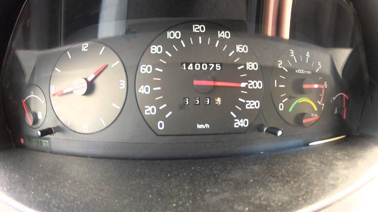 Volvo 945 turbo 0.7bar 0-210km/h Go pro hero 2 - YouTube