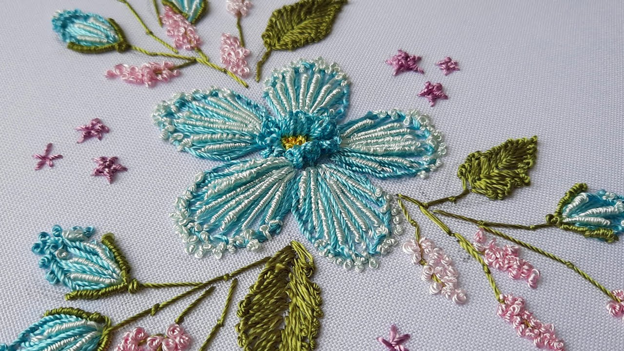 Hand Embroidery: Blue Flower Fantasy  | brazilian embroidery