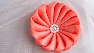 DIY Flower: Easy Crafts Making with Ribbons by HandiWorks