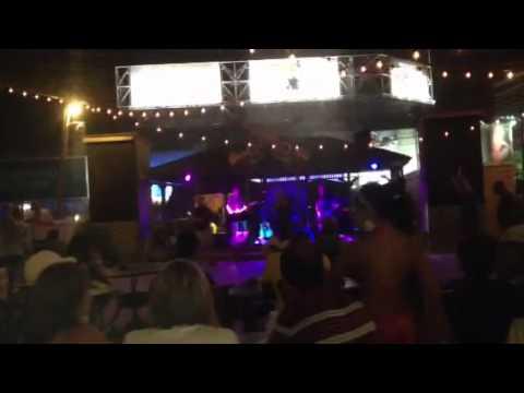 Karaoke in AC - Sweet Caroline