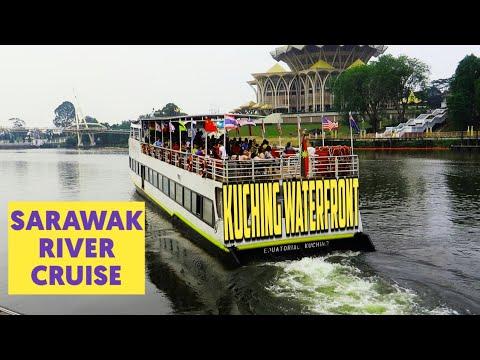 Sarawak River Cruise at Waterfront Kuching