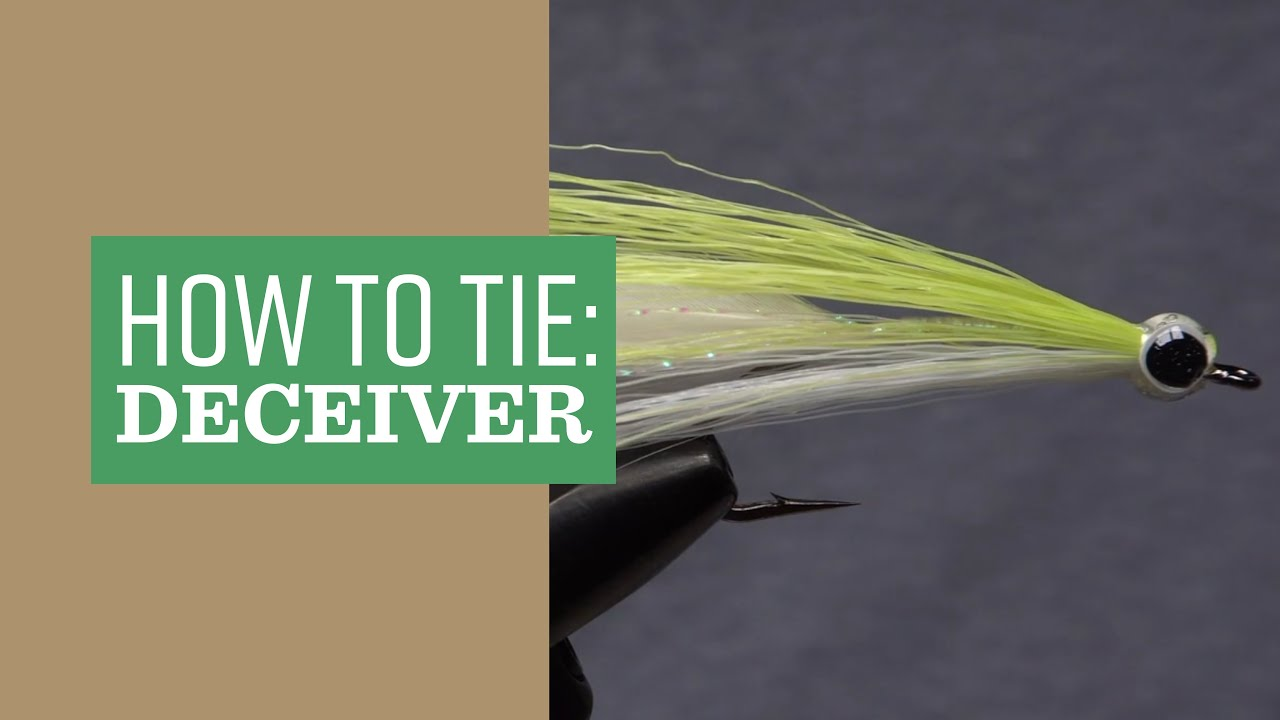 33 Clouser /& Deceiver flies in a Plastic Fly Box