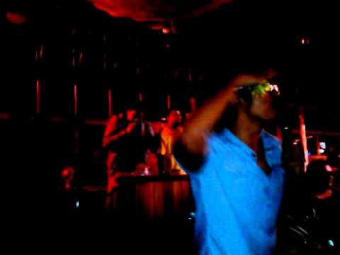 e9 karaoke ricky martin