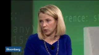 Yahoo CEO Says Proceeding With Alibaba Spinoff