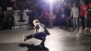 B1 Saikyo Tag Bboy Battle 最強タッグ ブレイクダンスバトル 2011年9月 Osaka thumbnail