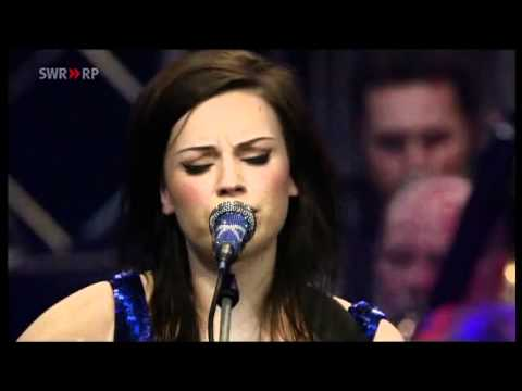 Amy MacDonald - Run (Orchestral Version)