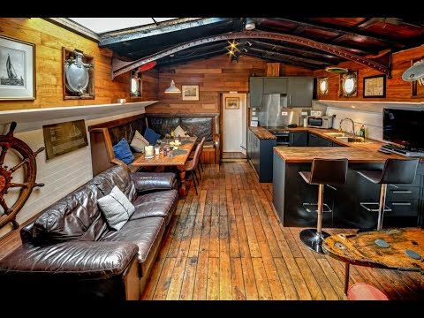 Onderneming - Dog-Friendly, Dutch Holiday Barge on the River Orwell in Suffolk