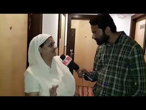 70 years Old women Fan of Parmish Verma