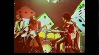 Thin Lizzy - Waiting For An Alibi with live vocal Kenny Everett Show 720p HD