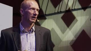 Jak podejmować dobre decyzje w trudnych momentach | Karol Bielecki | TEDxKoszalin