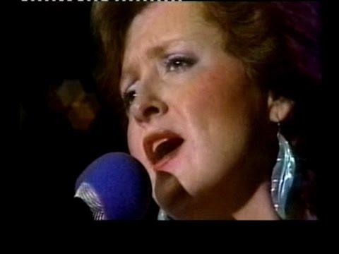 Bonnie Raitt - Love Has No Pride - Austin City Limits 1984