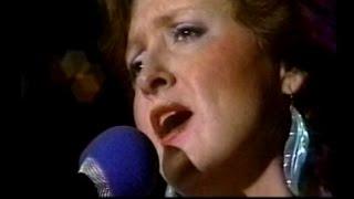 Bonnie Raitt - Love Has No Pride - Austin City Limits 1984 thumbnail