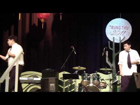 Tet Trung Thu 2011-  hip hop dance