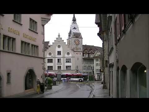 CRYPTO VALLEY CENTRE (Capitale) : Entrée de la vieille ville et horloge Zytturm !!!