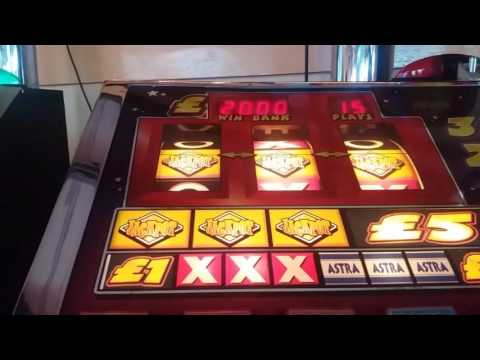Party Time Arena Session £5 JP With £34 Board, Features, Jackpots & Feature Fail