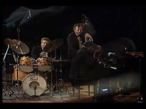 Oscar Peterson Trio - The Berlin Concert - Nigerian Marketplace