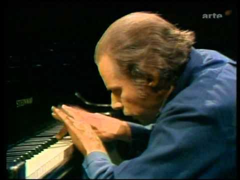 Glenn Gould-J.S. Bach-Partita No.4 D major-part 2 of 2 (HD)