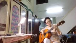 LÂM NGỌC HẰNG -73 tuổi - biểu diển Guitar Flamenco bài FIESTA EN LA  MURRALLA