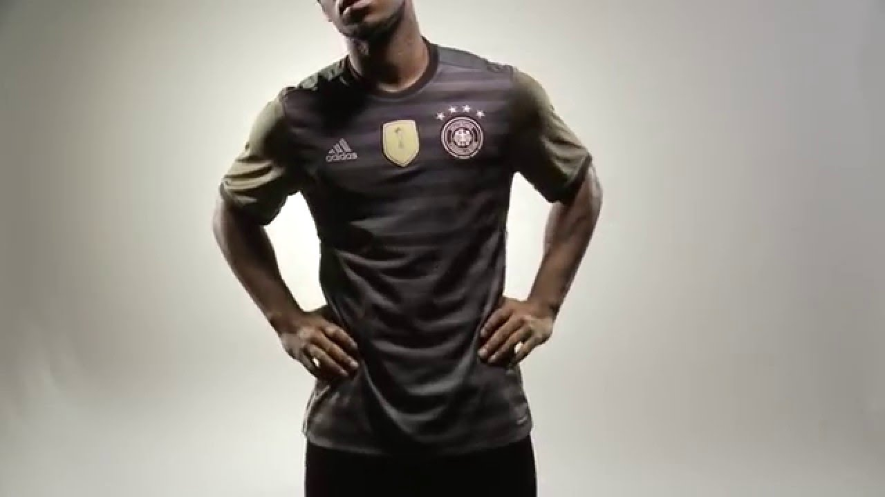 2091b31dd CLOSER LOOK  The adidas Reversible Germany 2016 Away Jersey - YouTube