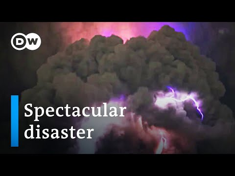Massive eruption of Philippines Taal Volcano imminent | DW News