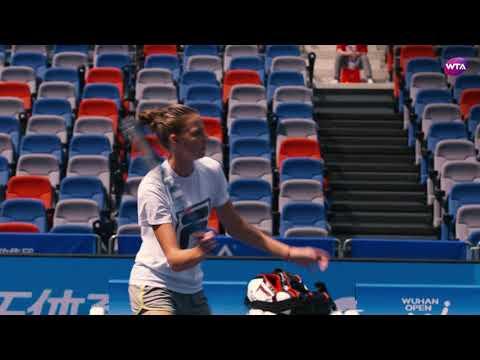Karolina Pliskova Practice - Wuhan 2017
